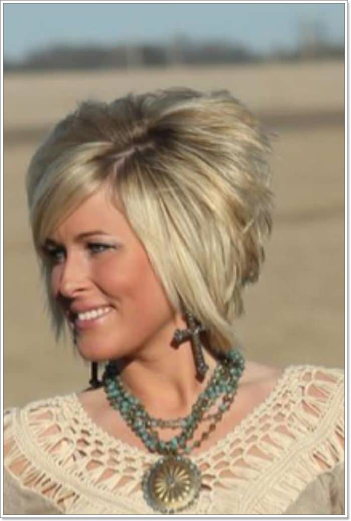Short Layered Bob Haircuts For Older Women 68