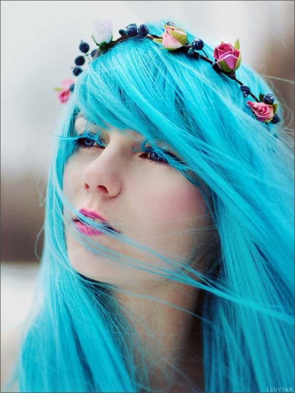 6530d0734 Even with bold hair colors and face piercings, emo can still be girly.