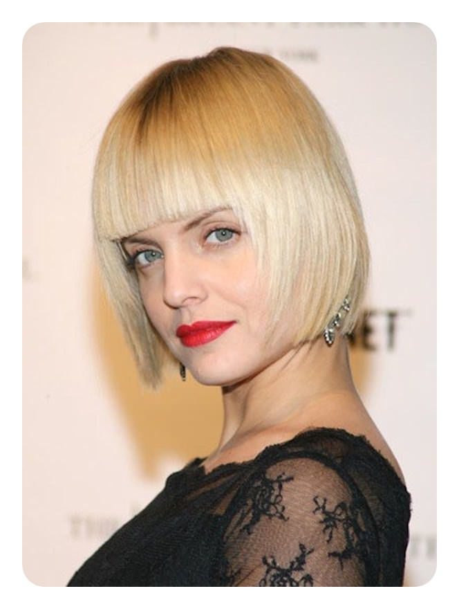 Messy bob cut large breasts Blunt Cut Bob Rock Your Edge With 100 Haircuts To Choose From