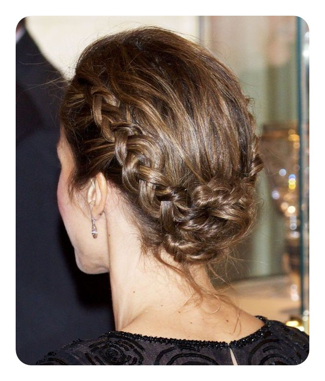 85 Low Bun Styles For Every Occasion