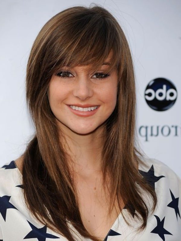 Long Hair Layered Haircuts For Women With Bangs 42