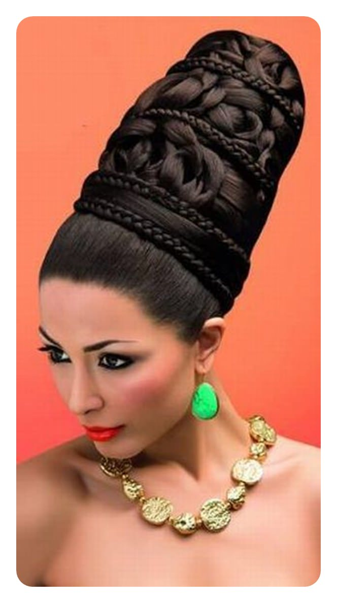 Vintage-Loving Girls! Here are 11 Beehive Hairstyles You Can Wear