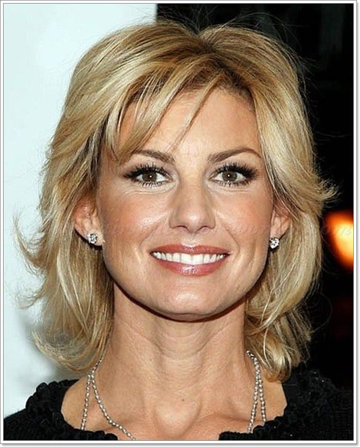 Easy Long Hairstyles For Women Over 40 41
